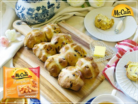 Pumpkin Hot Cross Buns