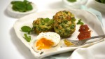 Pie Maker Smashed Pea & Haloumi Fritters
